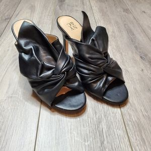 NY&C faux leather black bow tie heels size 6